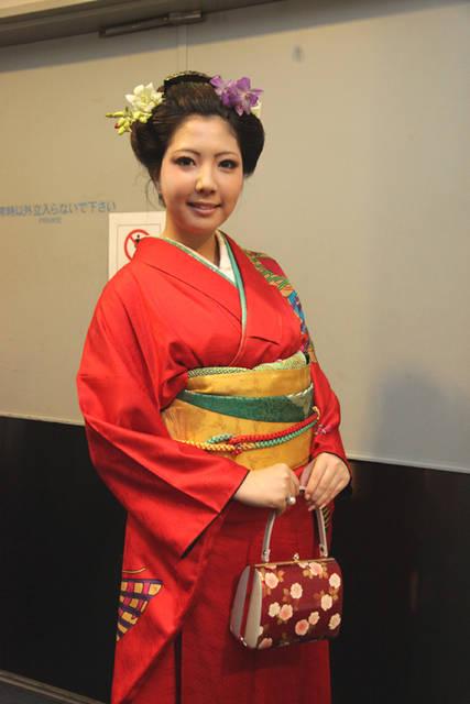 日本人なら一度はやってみたい日本髪