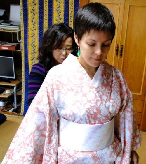 日本で着物体験をした外国人達の反応 | tomucho.com (26695)