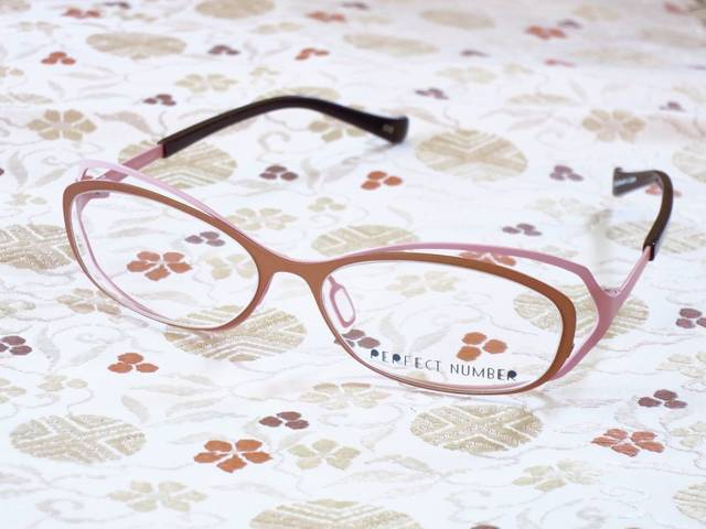 MuRA blog: 着物と眼鏡【10】キモノメガネの全色紹介とショップ情報 (26964)