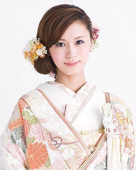 じわじわ人気の和装結婚式♡色打掛・白無垢に似合うミディアムの一覧を集めました。 | 色打掛 髪型 ミディアム | Pinterest (29296)