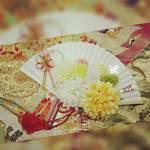素敵な花束は和装にも♪今おすすめなのは扇子ブーケ!