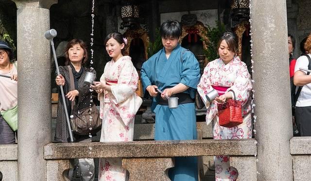 Free photo: Japan, Kimonos, Girls, Temple - Free Image on Pixabay - 1432855 (24832)