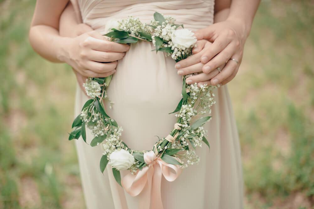 リースブーケを持つ花嫁