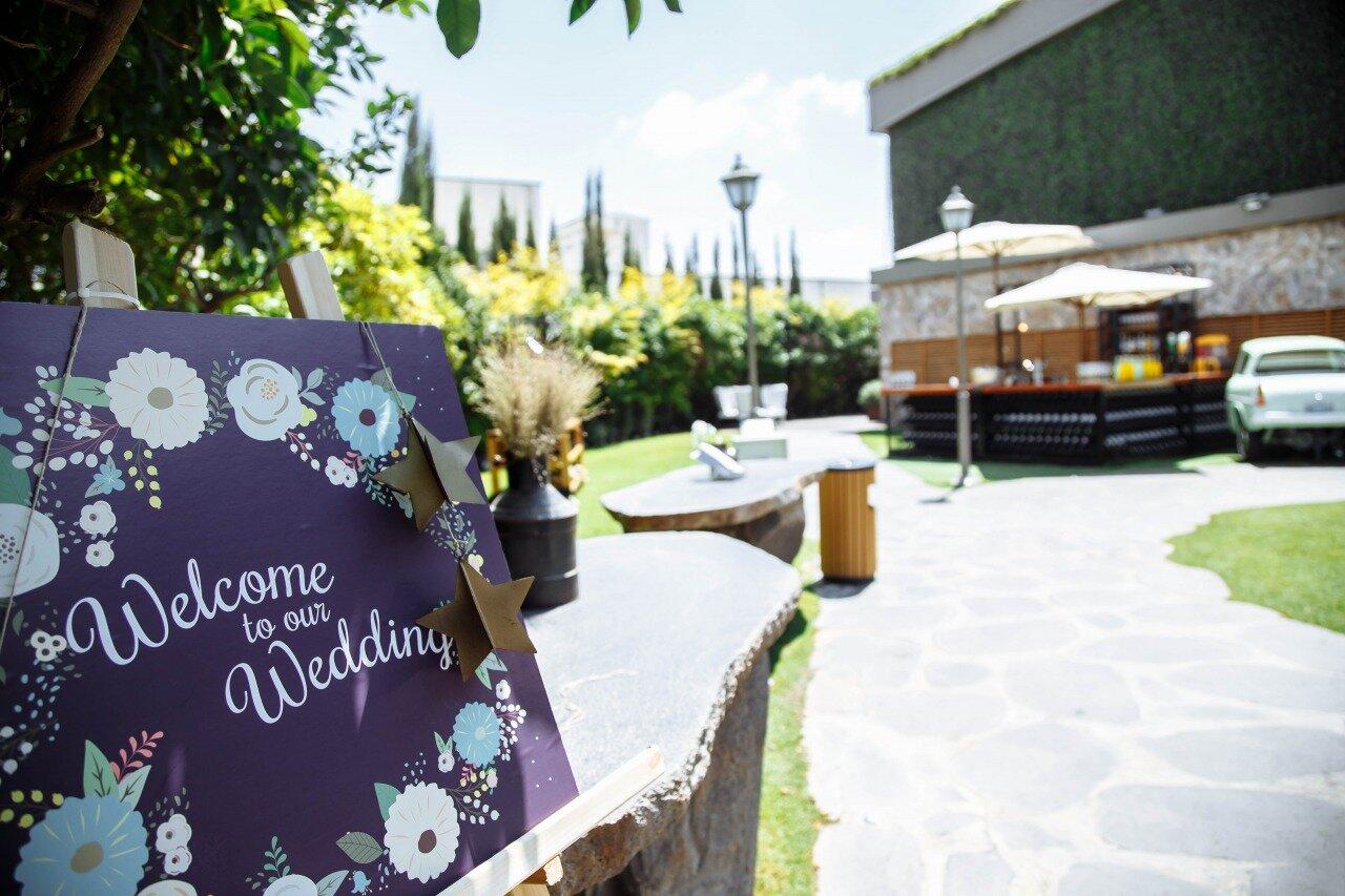 結婚式会場の入り口の様子