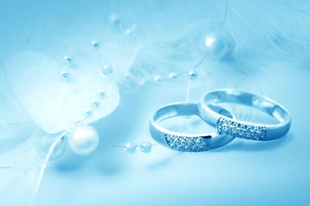 ブルーな結婚指輪