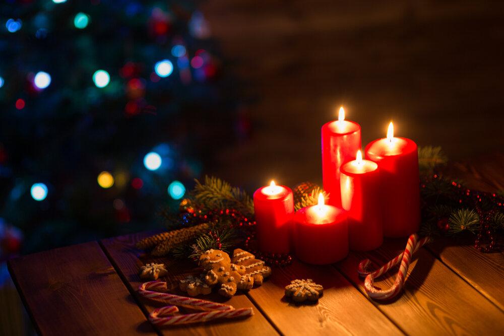 クリスマスツリーとキャンドル