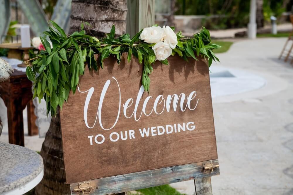 結婚式のおしゃれなウエルカムボード