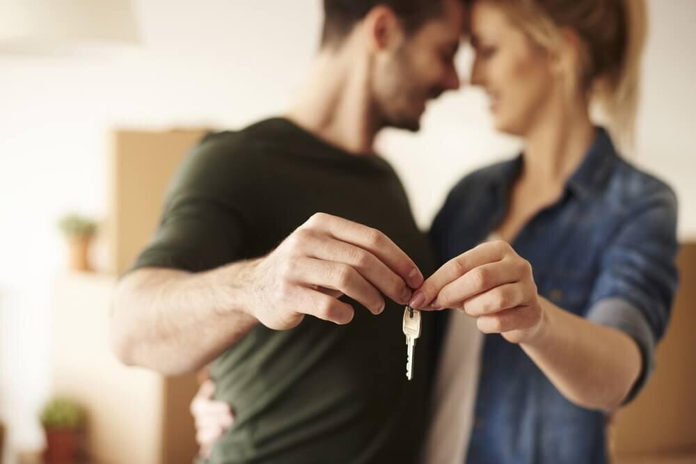 合鍵を持つカップル
