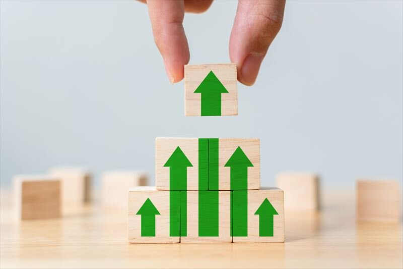 資産運用は株がおすすめ?どんなメリットやデメリットがある?