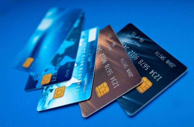 クレジットカードのキャッシングとは?メリット・デメリットも解説