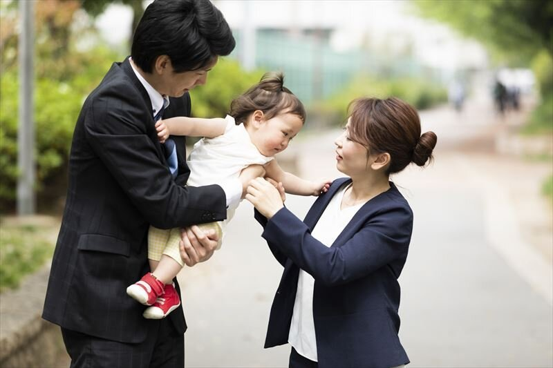 妻も夫も正社員!共働きの夫婦で夫も扶養に入れるって本当ですか?