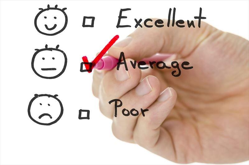 生涯年収の平均値や中央値に関することとは?