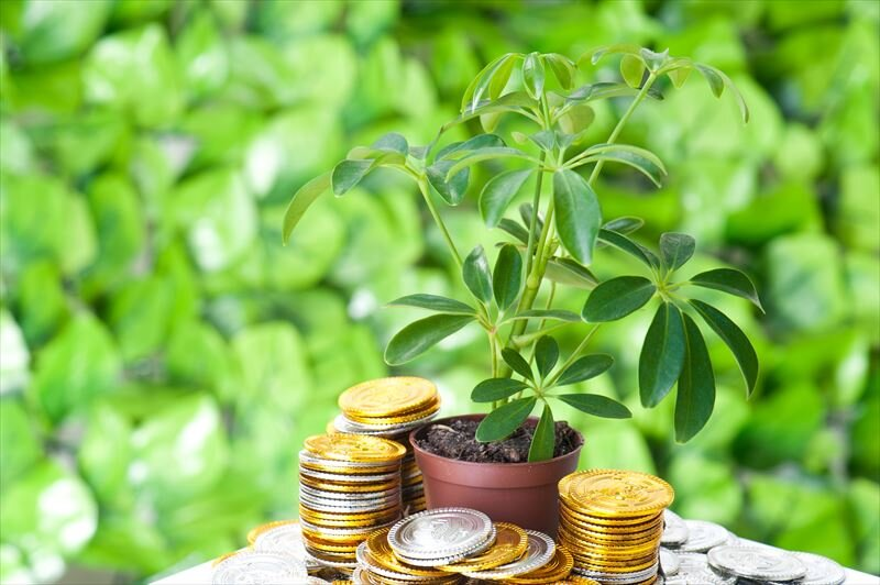 積立投資とは?覚えておきたいメリットやデメリットについて