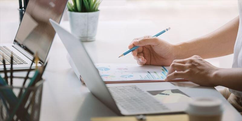 変額保険とは?メリット等基礎知識と変額保険の3種類を解説