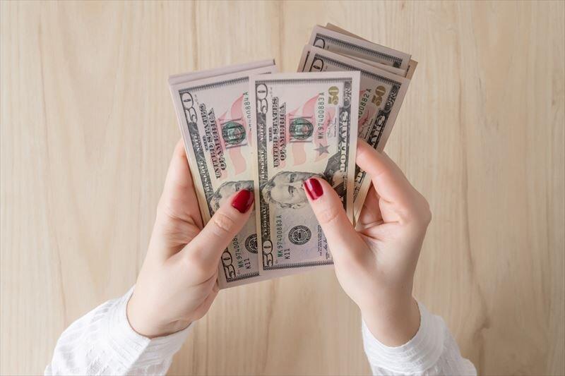 ドル建て保険の満期金を受け取る時には税金に注意しましょう