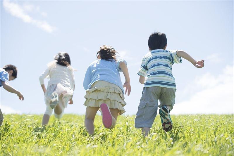 今加入すべき最適な子供の保険は保証型保険?それとも貯蓄型保険?