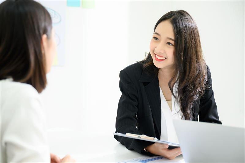 資産形成を保険で行うことに対してのメリットやデメリットを解説