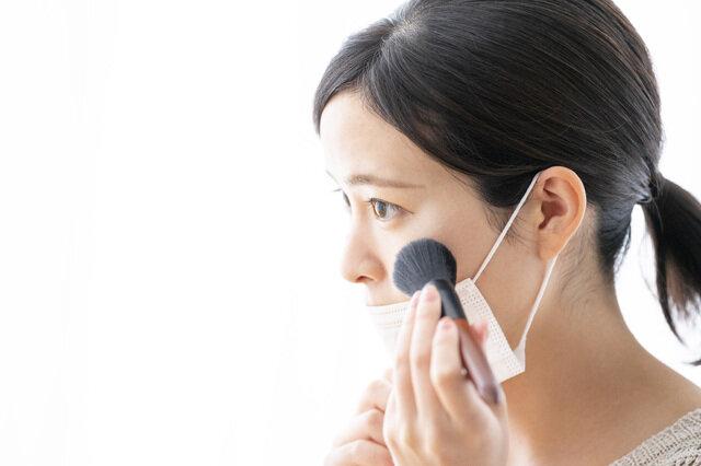 マスク装着時の印象を良くする手抜きメイク方法