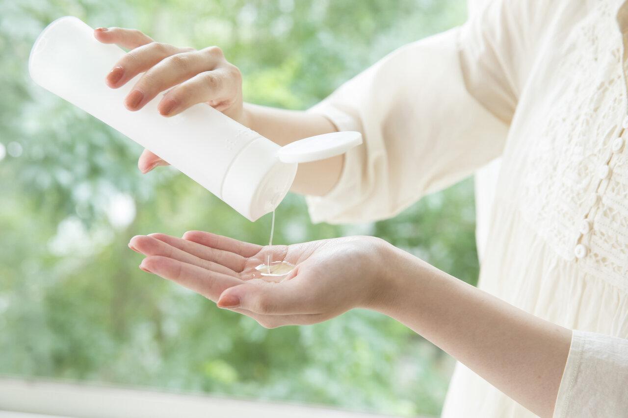 保湿のためには肌に合う化粧水選びが必須!スキンケアの方法やプチプラ化粧水を紹介