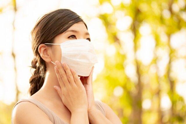 マスク着用時、心配するのはメイク崩れだけではない!日焼け止めをしっかり塗ろう