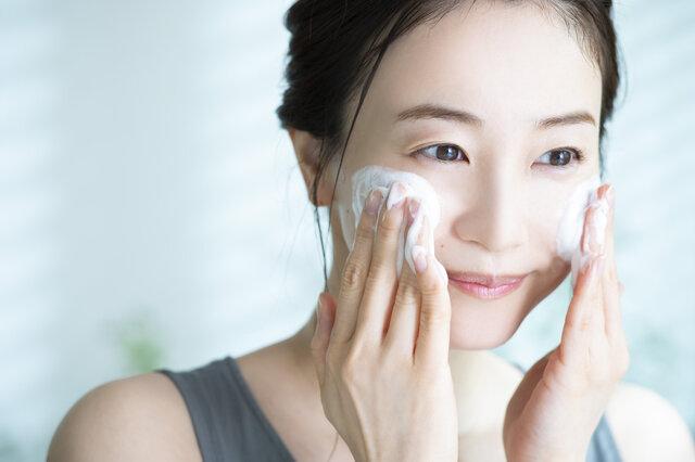 脂性肌におすすめのプチプラ洗顔!皮脂や毛穴がさっぱりする7選を紹介