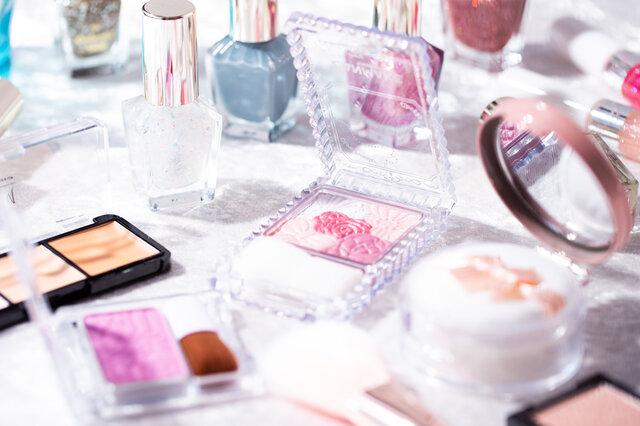 化粧品の消費期限とは?守った方がいい理由とアイテム別の消費期限について