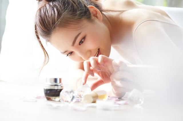 肌の悩みを持つ人におすすめ!角質ケア美容液15選