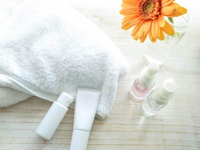 30代女子注目!基礎化粧品をライン使いするメリット&デメリットを紹介