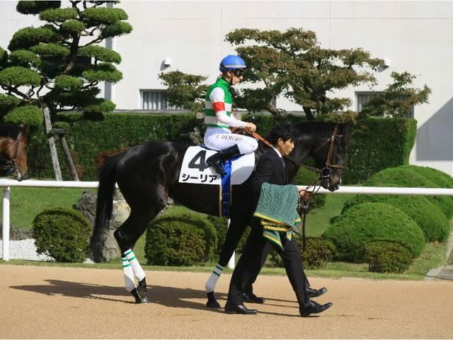新馬戦の鞍上はC.デムーロ騎手