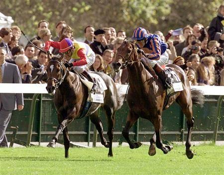 1999年凱旋門賞で2着のエルコンドルパサーに騎乗