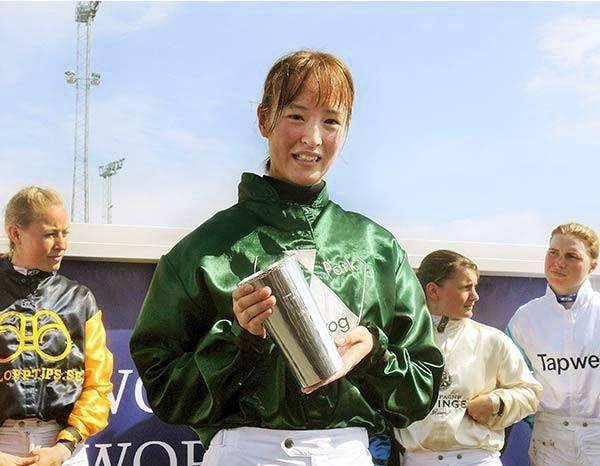 女性騎手部門で世界一に輝いた藤田菜七子騎手