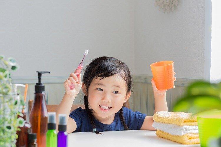 【年齢別】子ども用歯ブラシの選び方。毎日の歯磨きで、むし歯知らずの強い歯に
