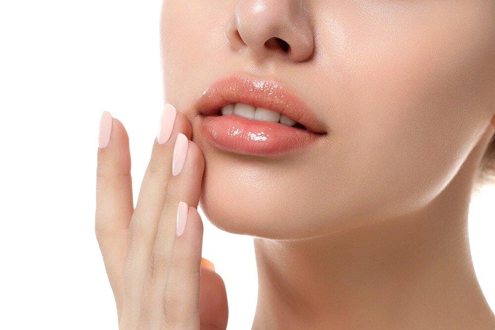 口角が切れるのは体からのSOSかも! 自分でできる対処&予防方法とは【歯科医師監修】