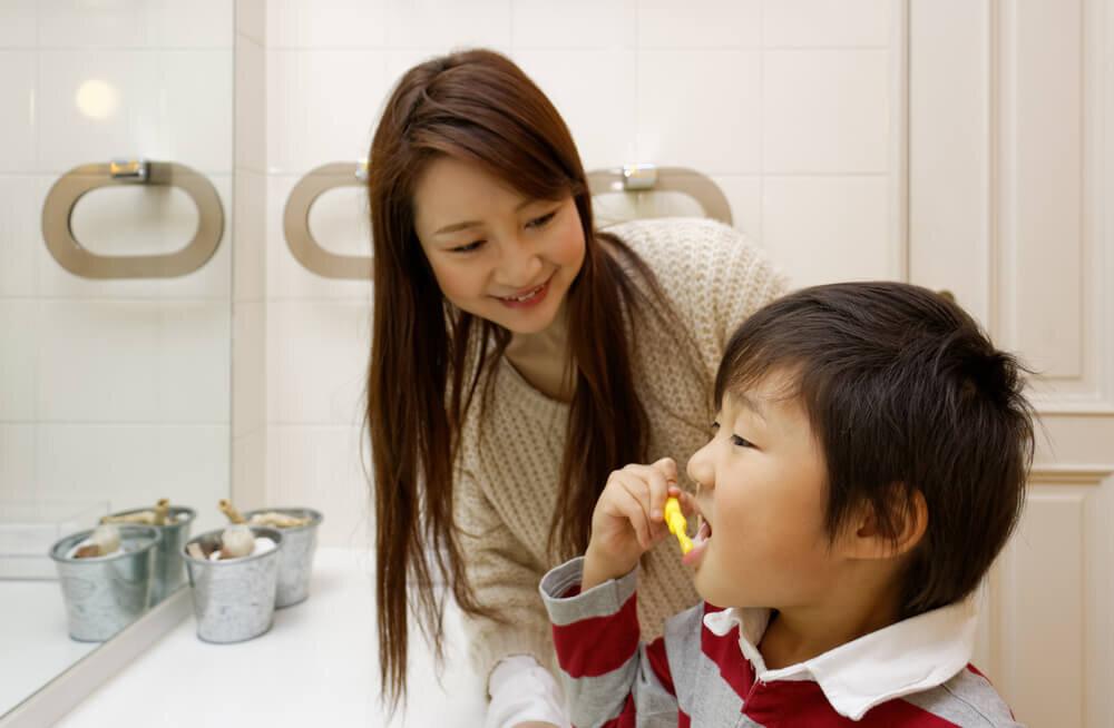 うちの子どもから口臭がするのはなぜ? 口内環境を守るために親ができる対策を知ろう