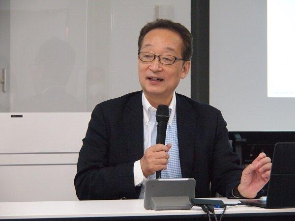 写真 カスミ 代表取締役社長 山本慎一郎氏