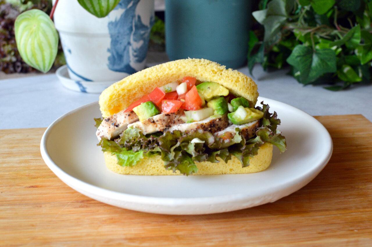 たんぱく質35g超え。トレーニーも満足な「筋肉サンド」 カラダ整うパンレシピ