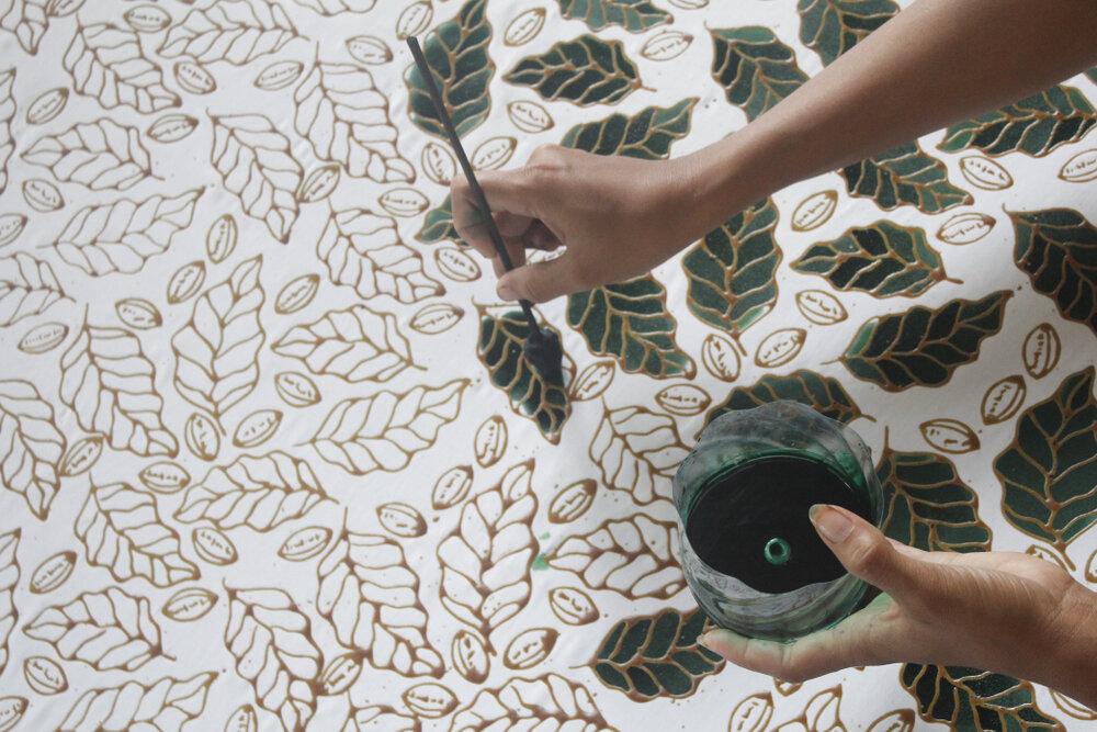 【ろうけつ染めの簡単なやり方まとめ】身近な材料を使って自宅で挑戦してみよう