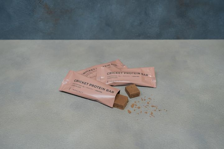 クリケットプロテインバー チョコレート 12本入  4,920円(税込)